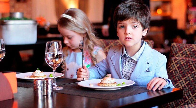 Дети в ресторане