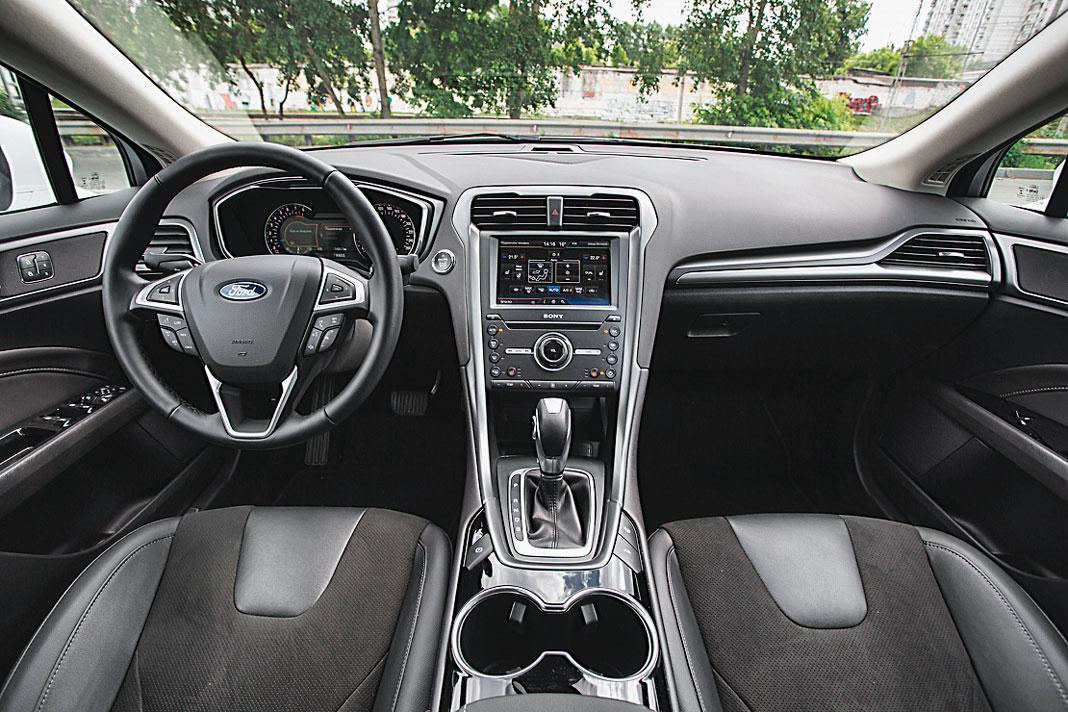 Сравнительный тест: Toyota Camry и Ford Mondeo, картинка, фото, изображение