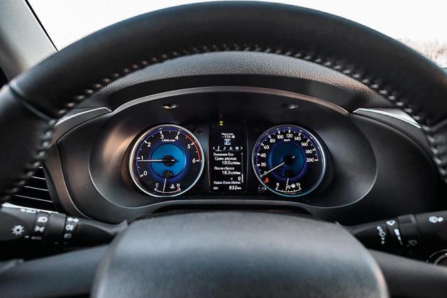 Тест-драйв Toyota Hilux Arctic Trucks. Как стать вездеходом