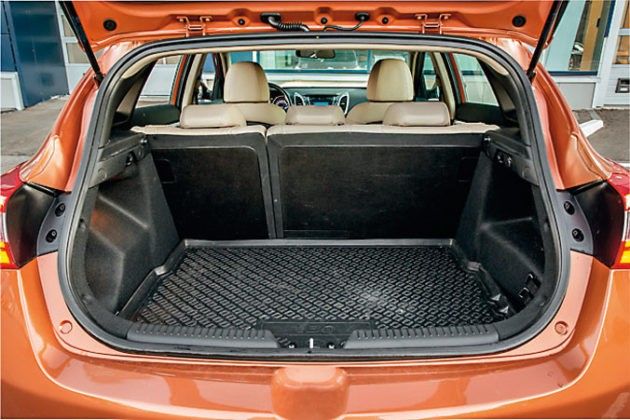 Сравнительный тест: Ford Focus иHyundai i30, картинка, фото, изображение