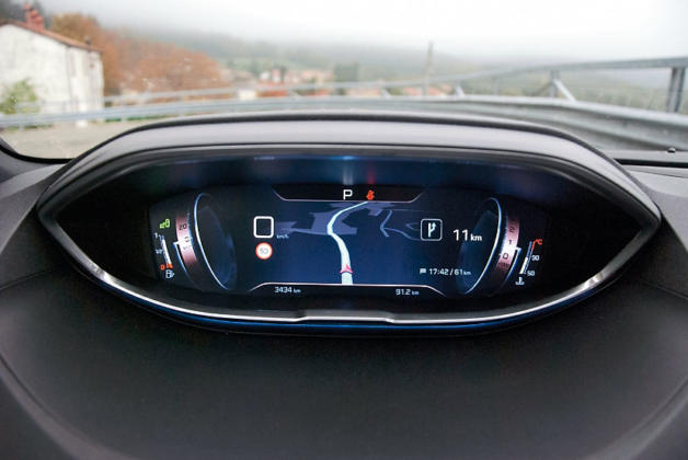 Тест-драйв Peugeot 3008. Игра ва-банк, картинка, фото, изображение
