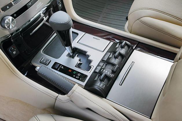 Подержанный Lexus LX570, картинка, фото, изображение