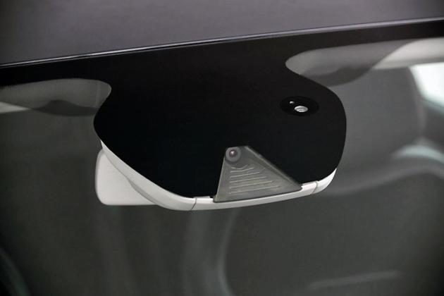Тест-драйв Renault Megane Sedan. Нечто большее, картинка, фото, изображение