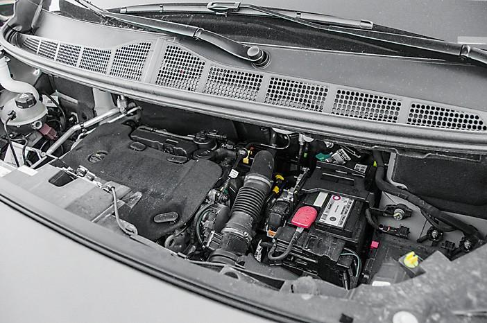 Тест-драйв Peugeot Traveller. В погоне за воздушными шарами, картинка, фото, изображение