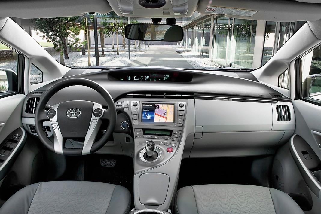 Toyota Prius 2009-2015. О тонкостях подержанного гибрида, картинка, фото, изображение