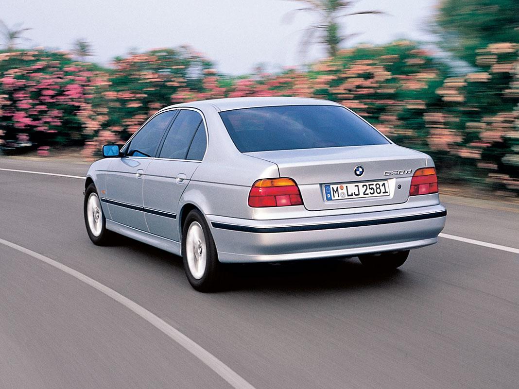 Какой автомобиль купить — новый или б/у?, картинка, фото, изображение