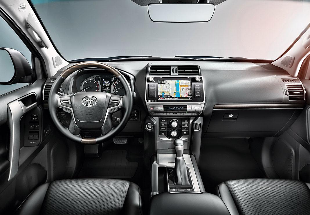 Тест-драйв Toyota Land Cruiser Prado. Корабль пустыни, картинка, фото, изображение