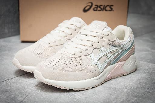 Кроссовки для женщин от японского производителя Asics